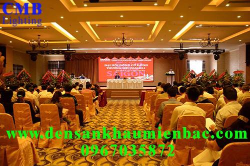 lap-dat-den-san-khau-chuyen-nghiep-2
