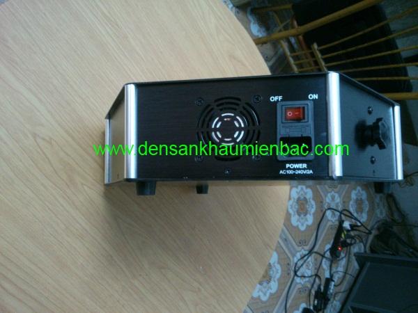 den-laser-3-cua-trung-tam-4
