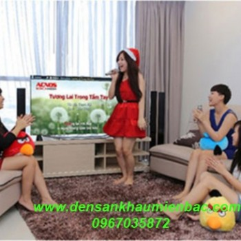 5-loai-den-san-khau-gia-re-dung-cho-phong-hat-karaoke-gia-dinh